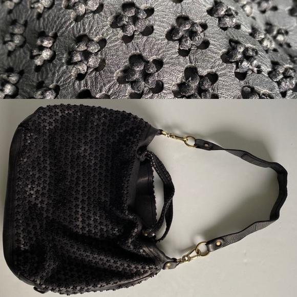 ERRELLEVENTIDUE RL22 Floral Laser cut bag